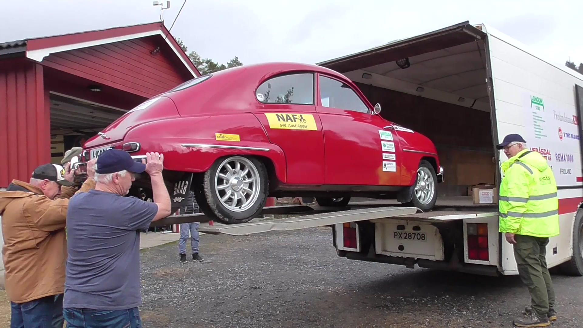 Lasting av rallybil